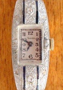 Reloj joya de pulsera para dama en oro, platino, diamantes y zafiros, c. 1915
