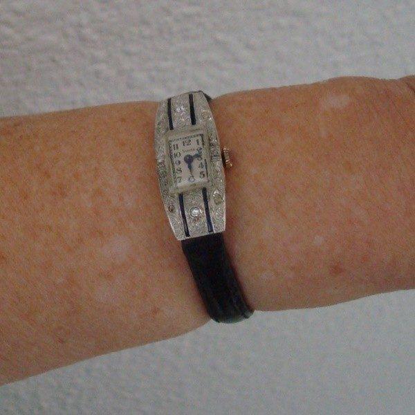 1915 Reloj joya de pulsera para dama en oro, platino, diamantes y zafiros
