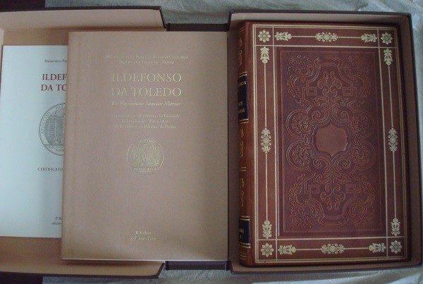 De Virginitate Sanctae Mariae: Ildefonso da Toledo, códice Parma Ildefonsus, San Ildefonso. c. 1100 *****